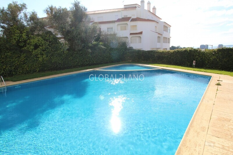 Apartment T2 Amoreira/ Alvor Portimão - gardens, swimming pool, balcony, condominium, garage