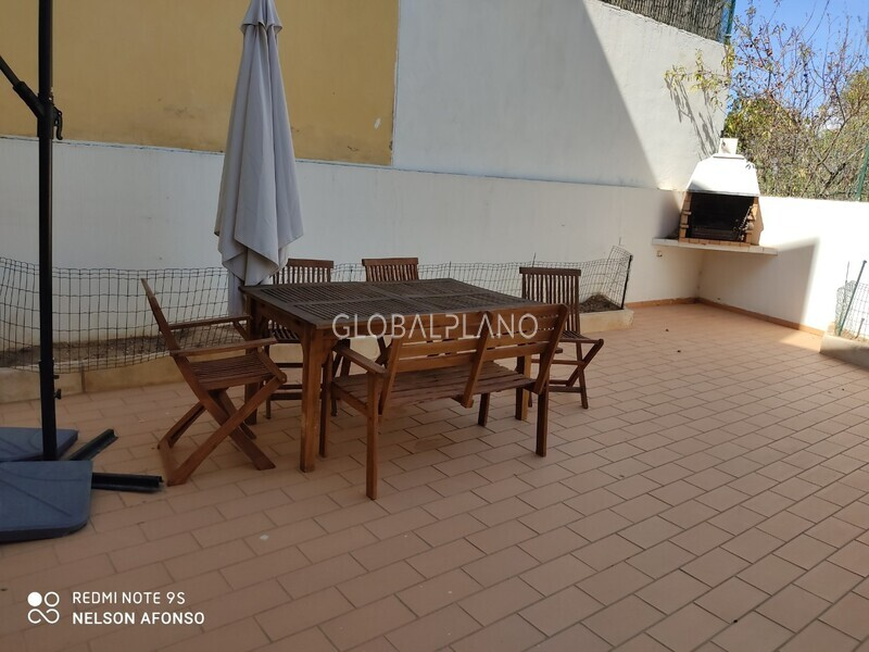 House 3 bedrooms spacious Urb.Bemposta Portimão - balcony, fireplace, equipped kitchen, barbecue, garage