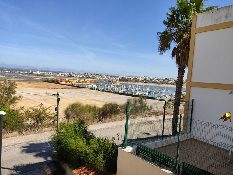 Apartment T2 in good condition Praia Rocha/Vista Marina Portimão - balcony, kitchen, garage