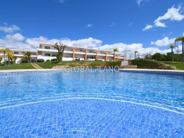 Apartment T1 Branqueira Albufeira - terrace, swimming pool, garage, balconies, balcony, double glazing, air conditioning, condominium