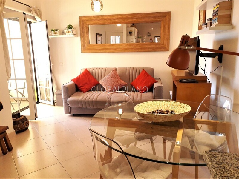 Apartment T1 Centro Alvor Portimão - air conditioning, balcony, equipped, furnished, garage, kitchen, sea view