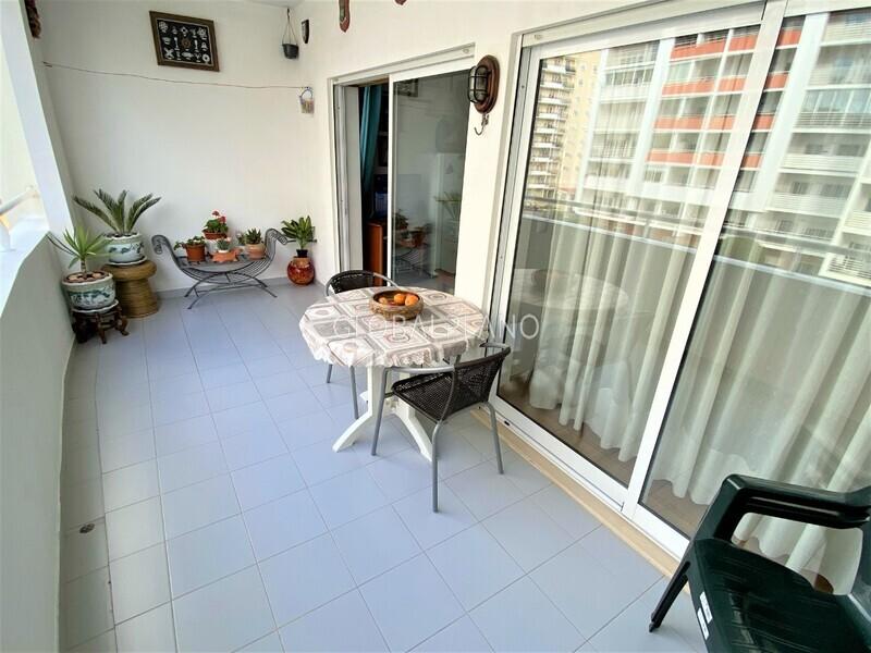 Apartamento T1 Alto do Quintão Portimão - piscina, condomínio privado, varanda