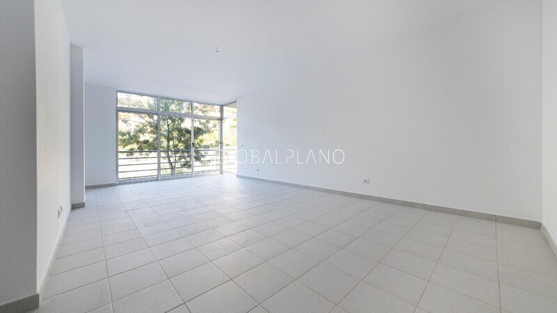 Apartment T3 near the beach Encosta da Marina/ P. Rocha Portimão - store room, parking space, balcony, garage