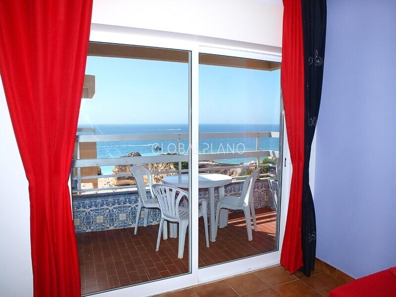 Apartamento T1+1 Praia da Rocha Portimão - varanda