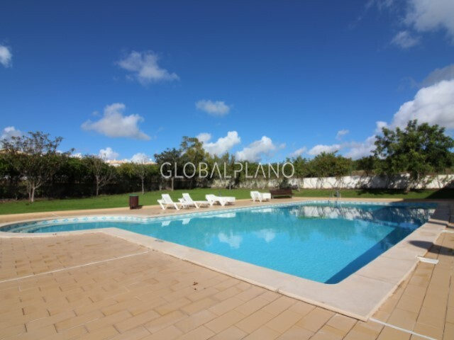 Apartment T1+1 Torre da Medronheira Albufeira - condominium, air conditioning, balcony, garage, swimming pool, kitchen