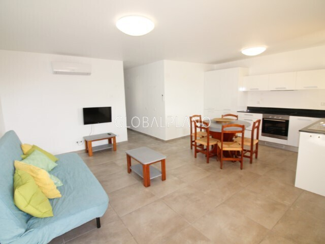 Apartment T2 Renovated Olhos de Água Albufeira - swimming pool, air conditioning, balcony, condominium, kitchen, garage