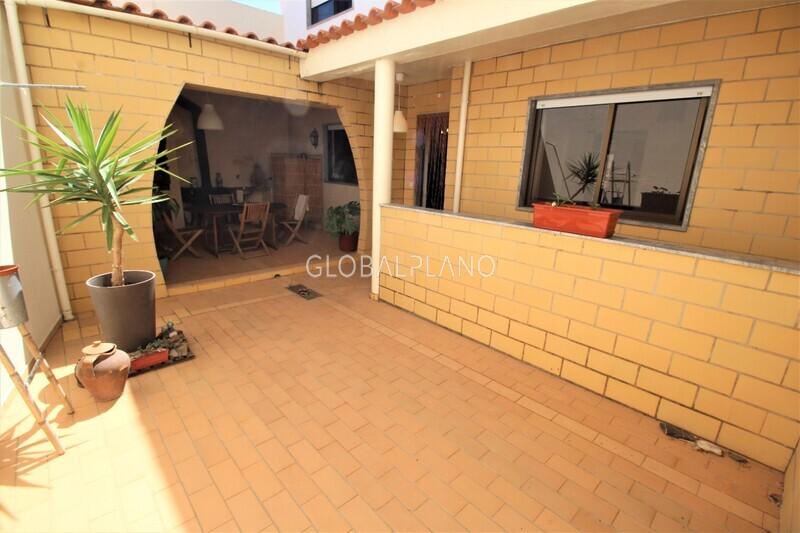House V5 Bemposta Portimão - barbecue, balcony, terrace, garage