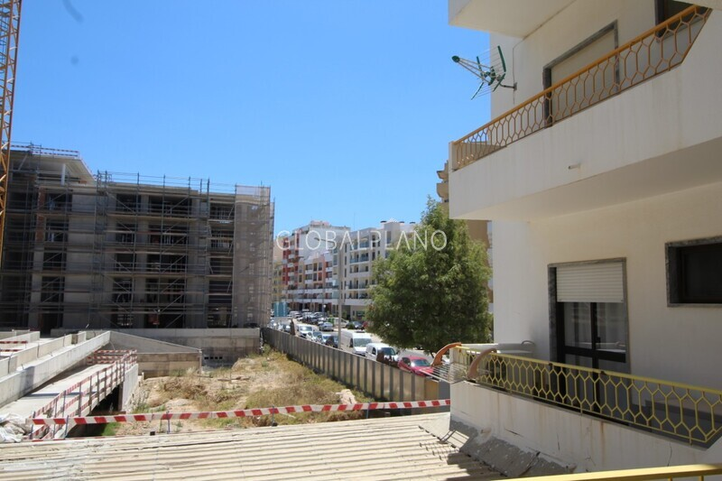 Apartamento T1 Centro Armação de Pêra Silves - varanda, equipado, garagem