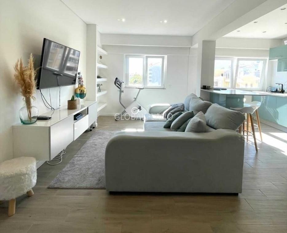 Apartamento Remodelado T2 Quinta da Malata  Portimão - equipado, mobilado, ar condicionado