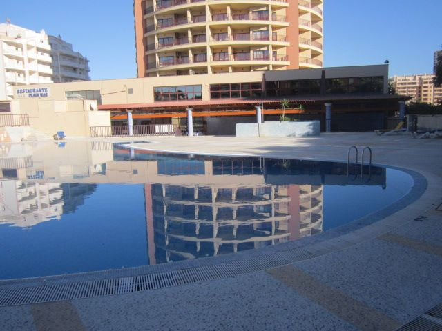 Apartment Modern T1 Praia da Rocha Portimão - garden, equipped, garage, balcony, swimming pool, beautiful views, furnished