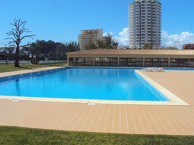 Apartment Modern T1 Praia da Rocha Portimão - parking space, balcony, ground-floor, air conditioning, swimming pool, garage, tennis court