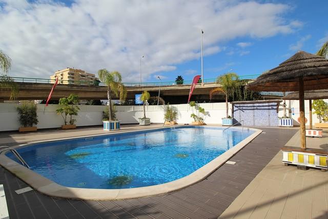 Apartment T1 Praia da Rocha Portimão - swimming pool, garage