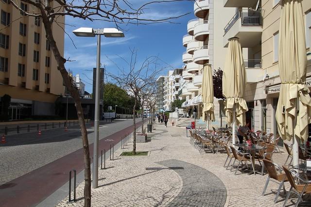 Apartamento T1 Praia da Rocha Portimão - ar condicionado, varanda, lugar de garagem