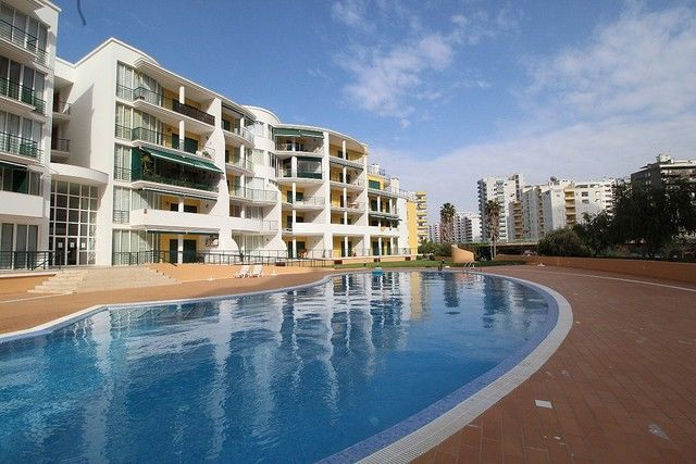 Apartment T2 Praia da Rocha Portimão - balconies, gardens, swimming pool, balcony, garage