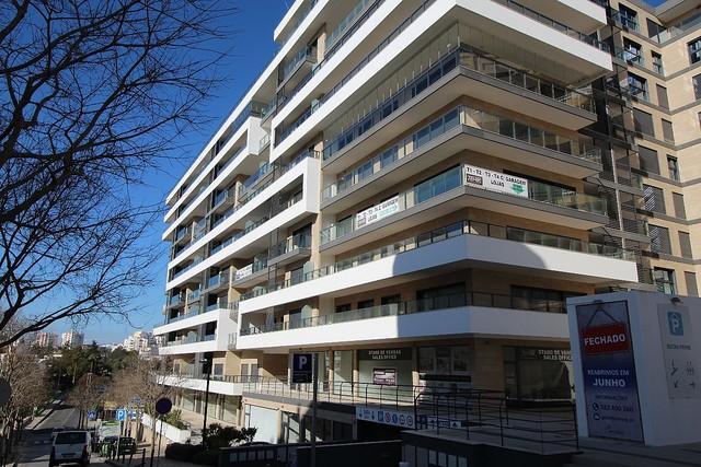 Apartamento Moderno T2 Praia da Rocha/1 Portimão - lugar de garagem, ar condicionado, varanda