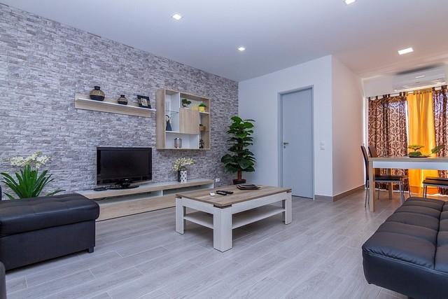 Apartamento T1 Remodelado Praia da Rocha Portimão - varanda, equipado, cozinha equipada, ar condicionado, mobilado