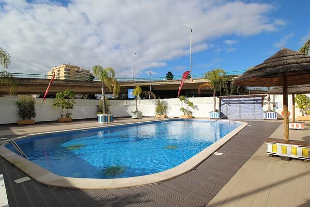 Apartamento T1 Praia da Rocha Portimão - garagem, piscina