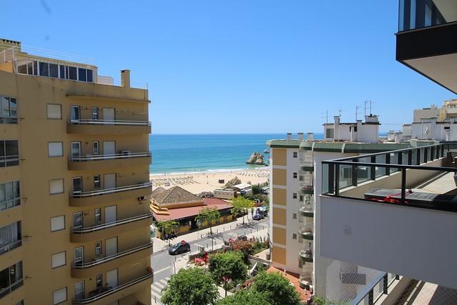Apartamento T2 Praia da Rocha/1 Portimão - varanda, lugar de garagem, vista mar