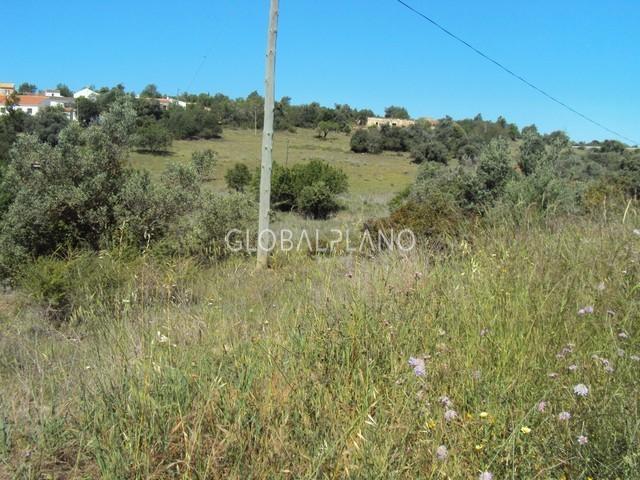 Land with 18800sqm Marmelete Monchique - construction viability