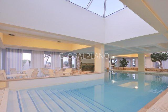 Apartamento T0 Alvor Portimão - banho turco, sauna, piscina, equipado