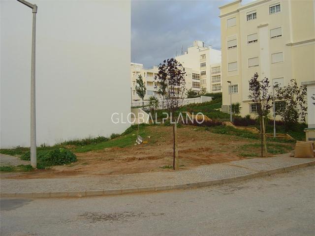 Lote de terreno com 200m2 Sesmarias Portimão - viabilidade de construção