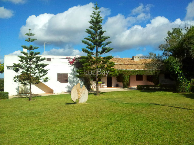 House V5 Single storey Praia da Luz Lagos - excellent location