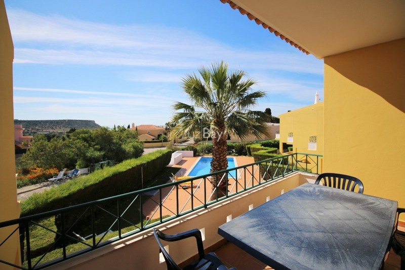 House 2 bedrooms near the beach Praia da Luz Lagos - gardens, swimming pool, fireplace, equipped kitchen, balcony, terrace