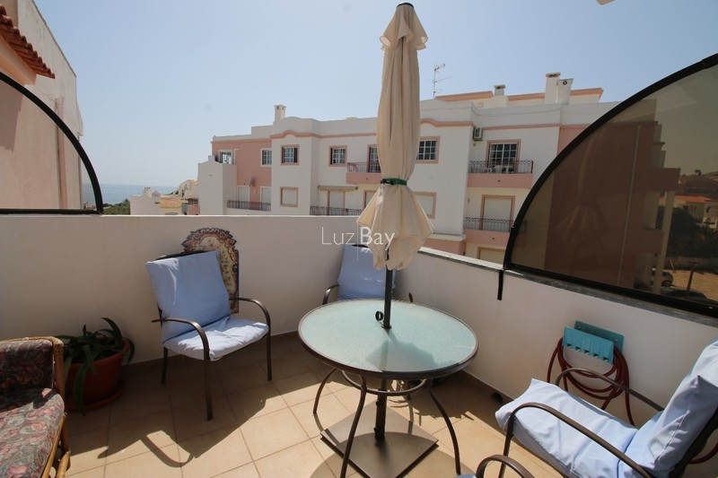 Apartment T2 Triplex Praia da Luz Lagos - terrace, balcony, store room, barbecue, fireplace, terraces