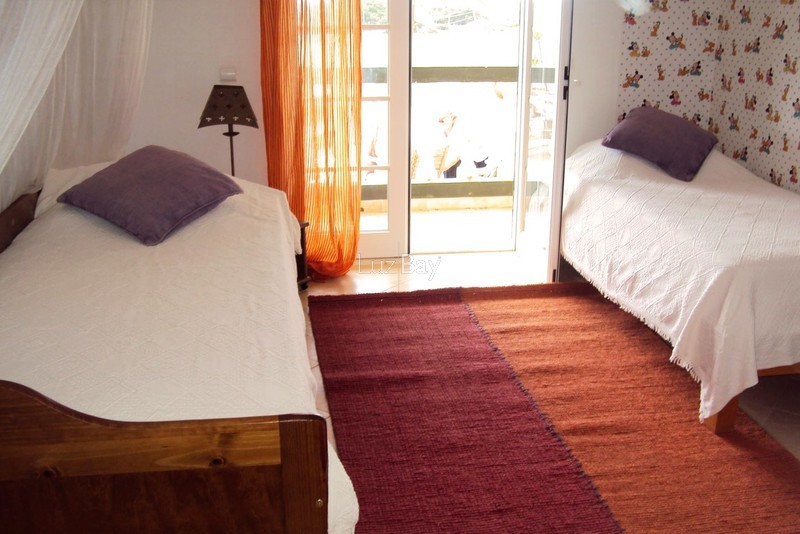 1000013996_guest_bedroom2__medium_.jpg