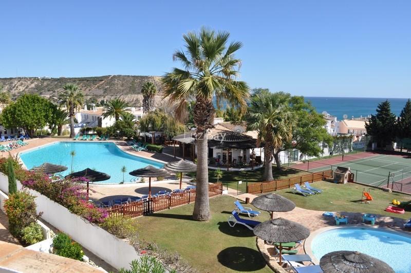 Apartamento T2 com vista mar Praia da Luz Lagos - jardim, vista mar, bbq, terraços