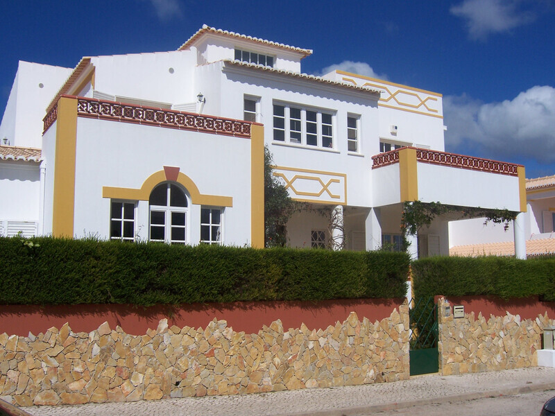 Villa near the beach 6 bedrooms Lagos Santa Maria - fireplace, swimming pool, garage, barbecue, gardens, terraces, terrace
