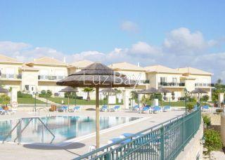 Apartamento T2 Boa Vista Golf São Sebastião Lagos - piscina, varanda, ténis, parque infantil
