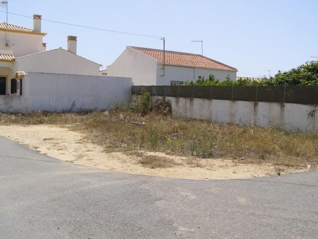 Lote de terreno com 172m2 Sagres Vila do Bispo - zona sossegada