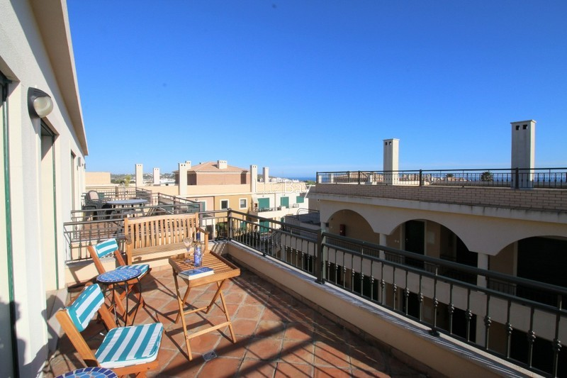 Apartment T2 Burgau Budens Vila do Bispo - furnished, garage, equipped, store room, swimming pool, balcony