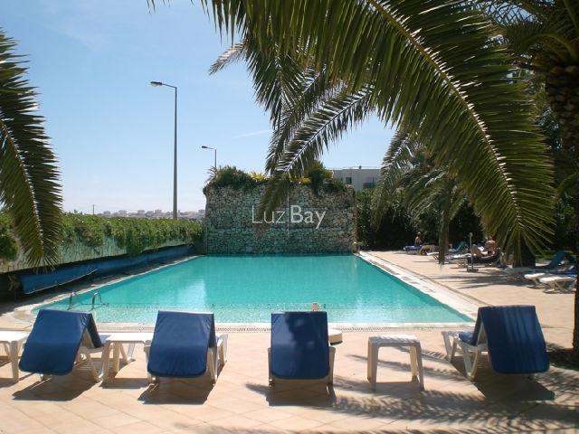 Apartamento Duplex com vista mar T2 Meia Praia São Sebastião Lagos - piscina, mobilado, cozinha equipada, jardim, vista mar, equipado, varandas, ar condicionado
