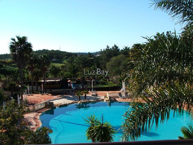 Casa V2 Térrea no campo Parque da Floresta Budens Vila do Bispo - terraço, arrecadação, bbq, zona calma, cozinha equipada, equipado, piscina