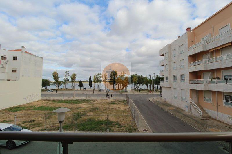 Apartamento T4 de luxo Vila Real de Santo António - vista rio, ar condicionado, garagem, varanda