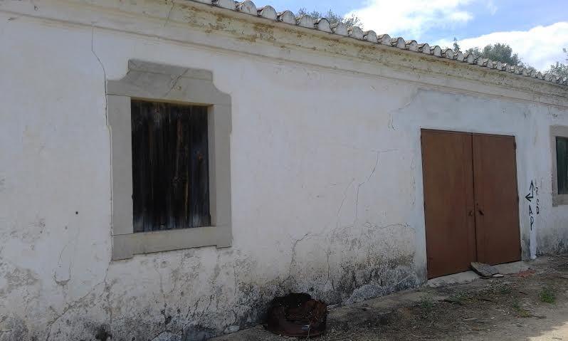 House to recover V2 Tavira - quiet area