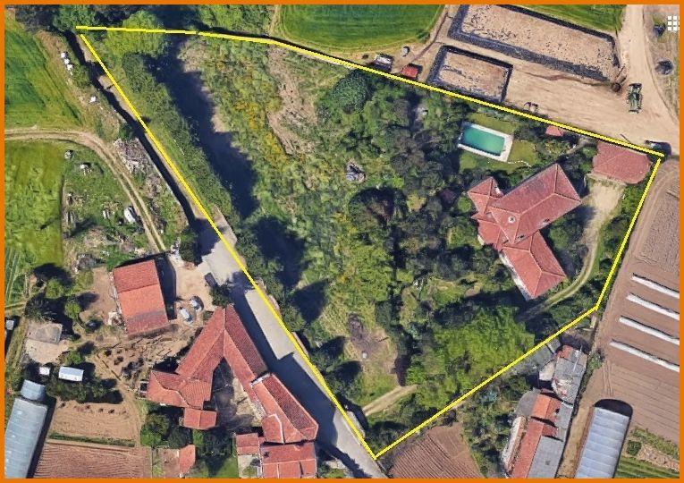 Quinta/Herdade com moradia V4+2 Castêlo da Maia Avioso (Santa Maria) - lareira, jardim, equipada, garagem, bbq, piscina, poço