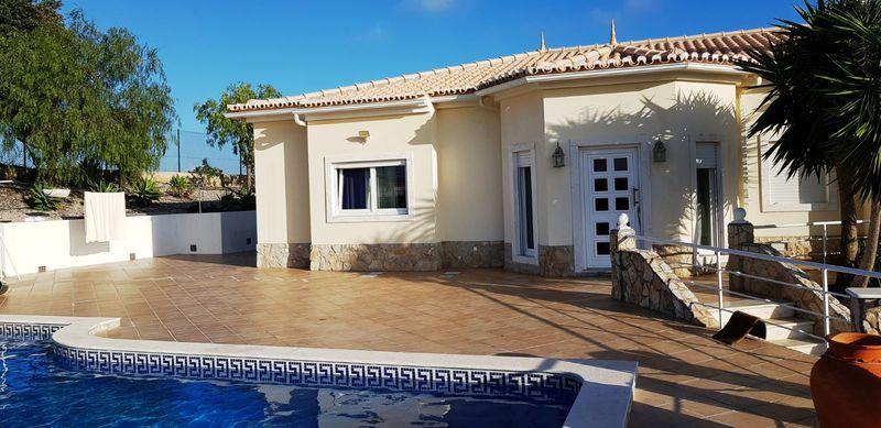 Moradia V3 Malhão Castro Marim - painel solar, piscina, garagem, ar condicionado