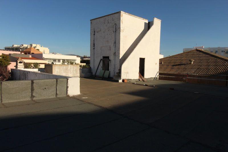 Casa Térrea no centro V6 E.N. 125 Quelfes Olhão - garagem, quintal