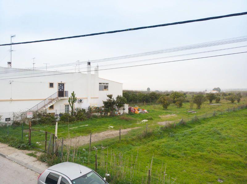 Terreno com 6168.33m2 Hortas Vila Real de Santo António - viabilidade de construção, garagem