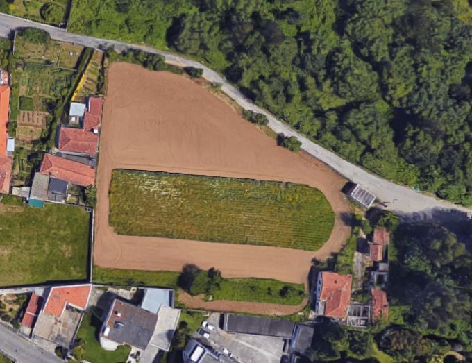 Terreno Misto com 4800m2 Vila Nova de Gaia - água, poço