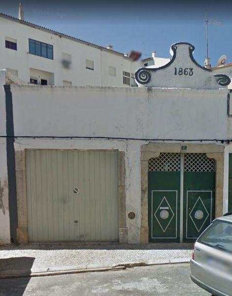 Casa Térrea no centro V3 Santiago Santiago Tavira - garagem