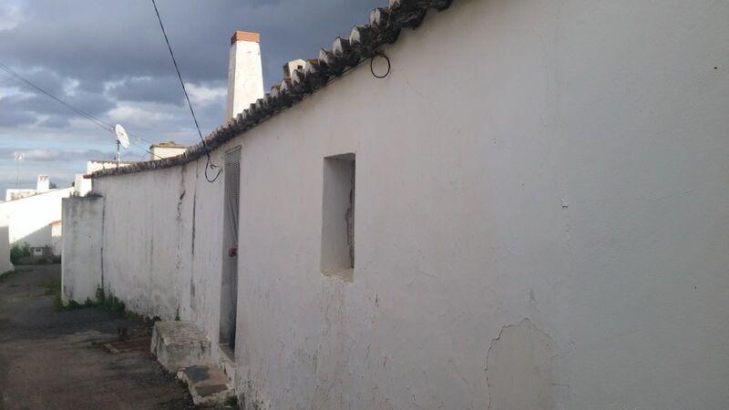 дом одноэтажная требует восстановления V1+1 Vale do Pereiro Odeleite Castro Marim - камин