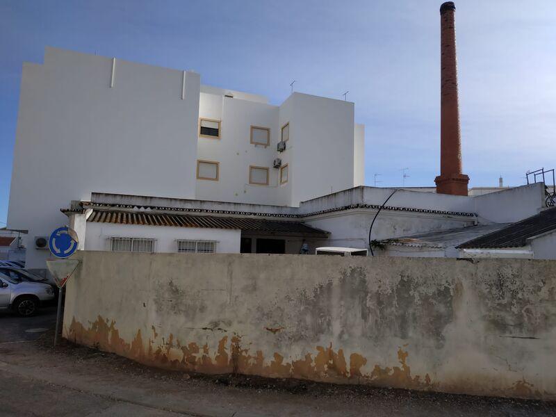 Terreno Urbano com 602m2 Cacela Vila Nova de Cacela Vila Real de Santo António - garagem