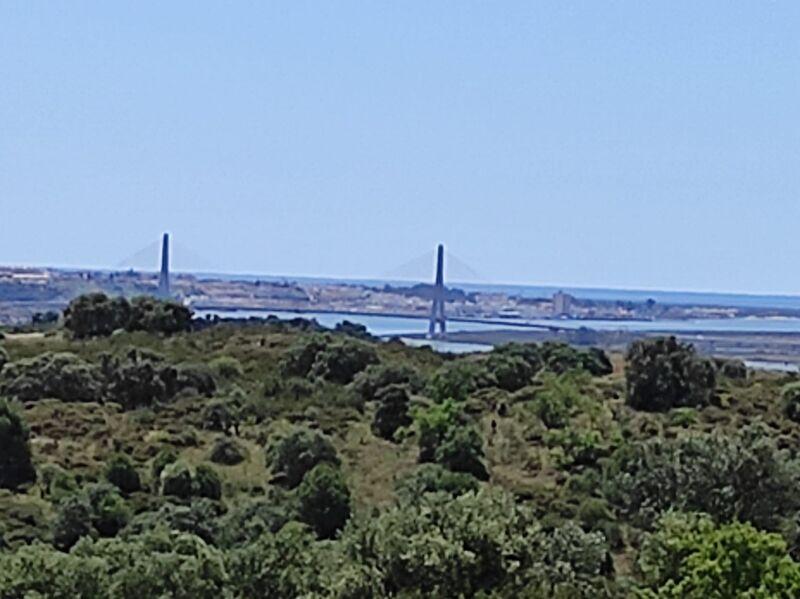 Terreno Agrícola com 32680m2 Azinhal Castro Marim - bons acessos