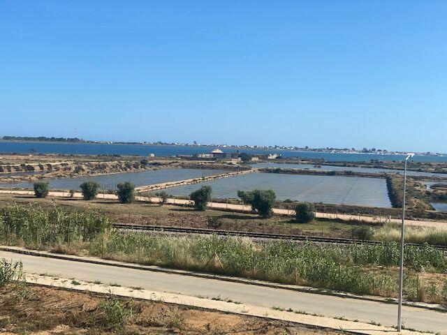 Lote de terreno novo para construção Olhão