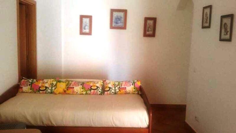 апартаменты T1 Vila Real de Santo António - веранда, мебелирован, экипированная кухня, гаражное место, система кондиционирования, 1º этаж, гараж