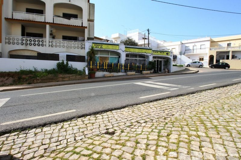 86 m² Commercial area for sale in Albufeira, Algarve